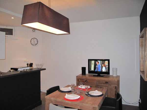 Furnished and decorated apartment 1 bedroom 35m² for rent Valenciennes