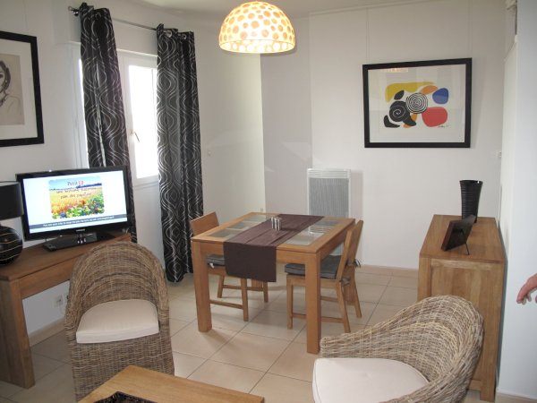 1 bedroom furnished apartment 36.9m² + underground car park to rent Valenciennes