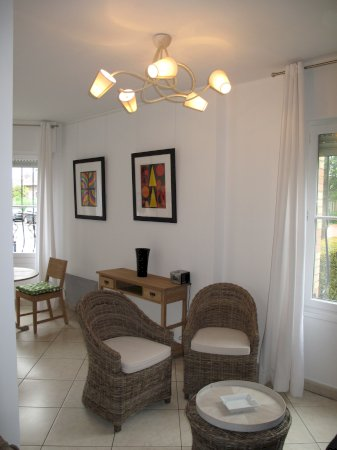 Furnished studio flat 32 m² (outdoor parking possibility) for rent Valenciennes