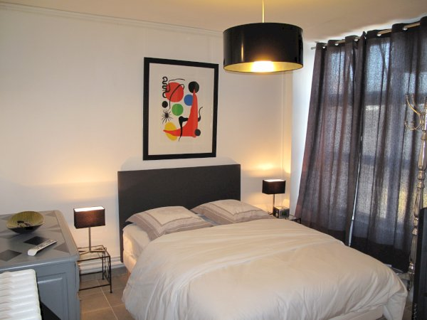 appartement meubl t2 48m louer valenciennes. Black Bedroom Furniture Sets. Home Design Ideas