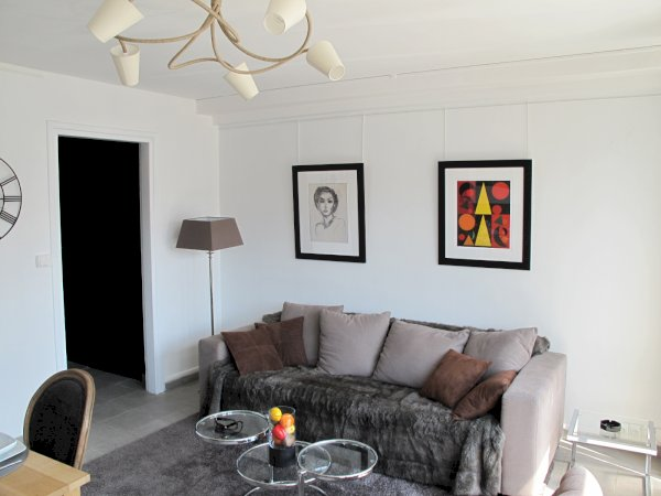 1 bedroom furnished apartment 48m² with air-conditioning  to rent Valenciennes