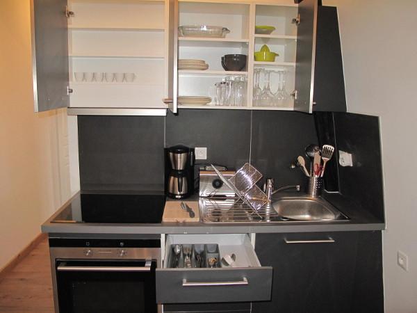 appartement meubl t2 25m louer valenciennes. Black Bedroom Furniture Sets. Home Design Ideas