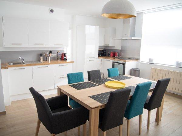 Appartamenti arredati 2 camere in affitto a valenciennes for Appartamenti arredati in affitto a cinisello balsamo