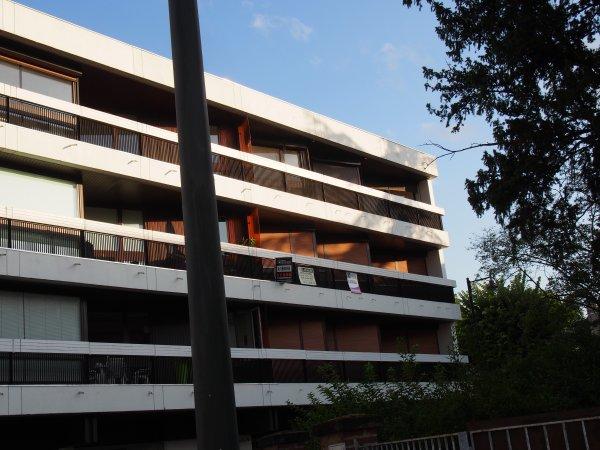 appartement meubl 2 chambres 86 m avec terrasses louer. Black Bedroom Furniture Sets. Home Design Ideas
