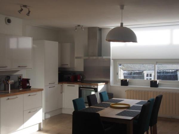 location appartement meubl 2 chambres valenciennes. Black Bedroom Furniture Sets. Home Design Ideas