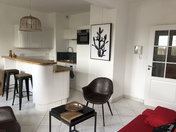 Furnished studio flat 31m² with air parking to rent Valenciennes
